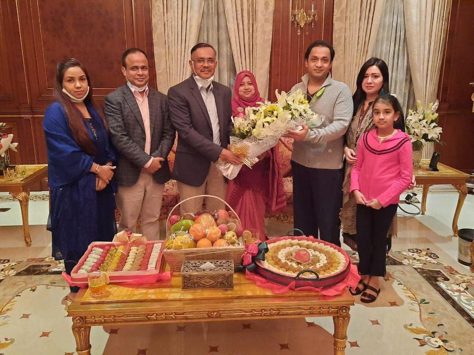 Had a dinner in my house with Mir Shahid Additional IG police and  Ahad DC Detective branch along with our family .