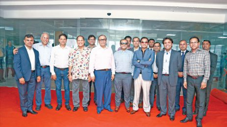 Bashundhara Group chairman visits Walton corporate office