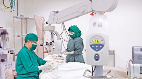 21 eye patients have free surgery at Bashundhara Eye Hospital