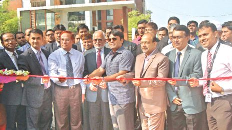 Free home delivery service of Bashundhara LP gas launched