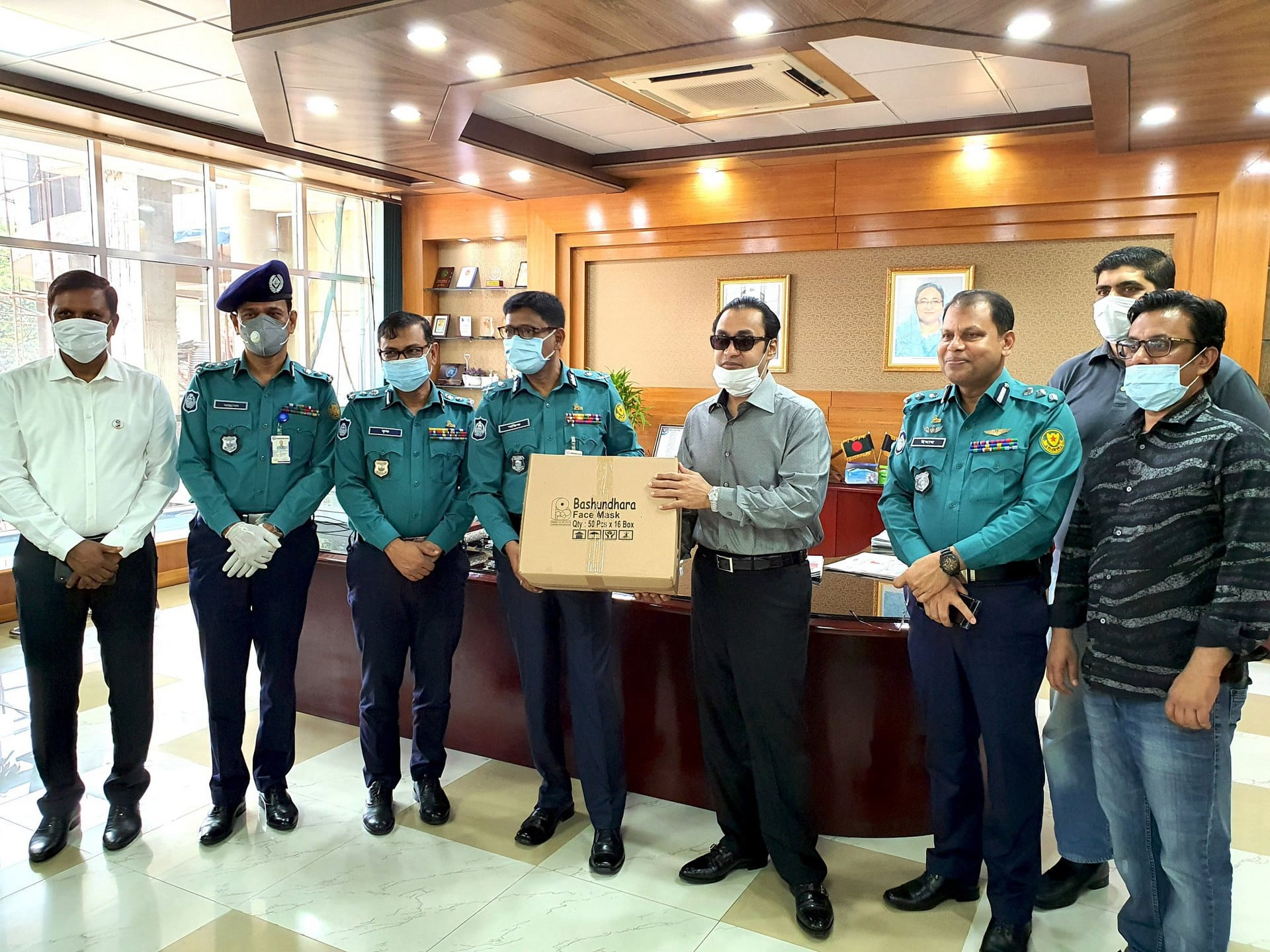 Bashundhara Group provides 50,000 masks for DMP